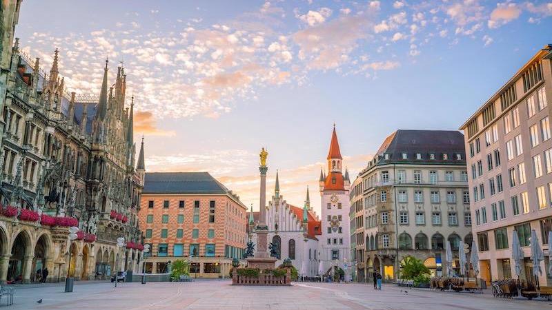 Praça Marienplatz em Munique