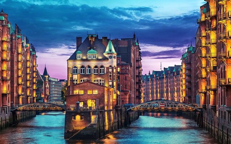 Hamburgo à noite