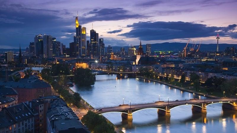 O que fazer à noite em Frankfurt