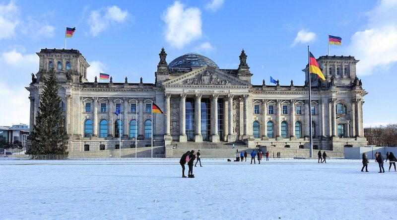 Neve em Platz der Republik em Berlim