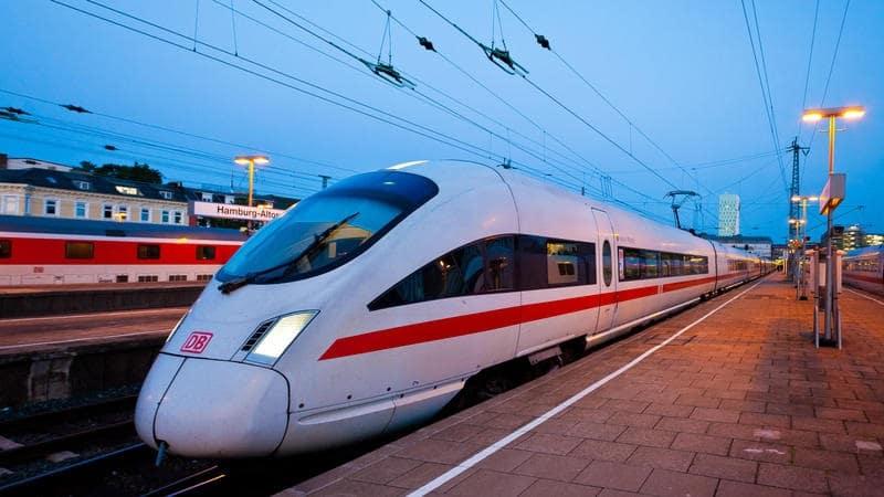 Trem de Hamburgo a Munique
