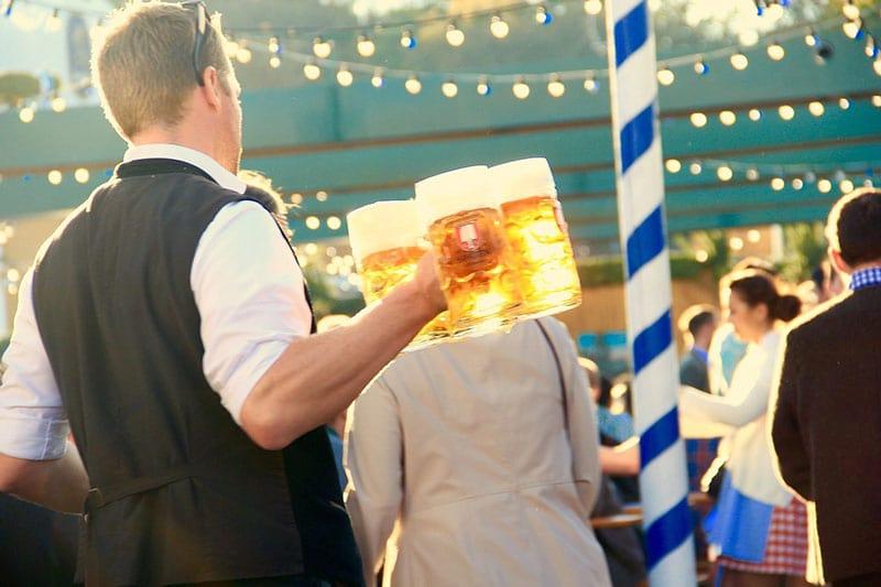 Eventos comemorativos da Oktoberfest em Berlim em setembro