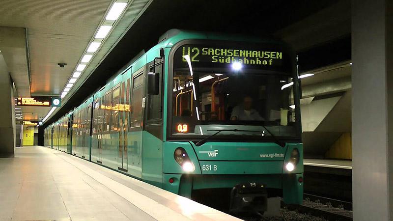 Metrô em Frankfurt na Alemanha