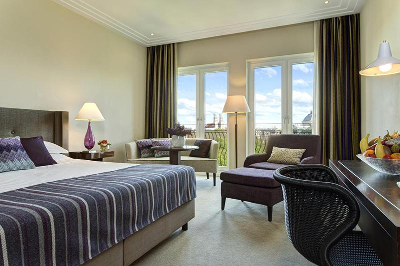 Suíte do Rocco Forte The Charles Hotel em Munique