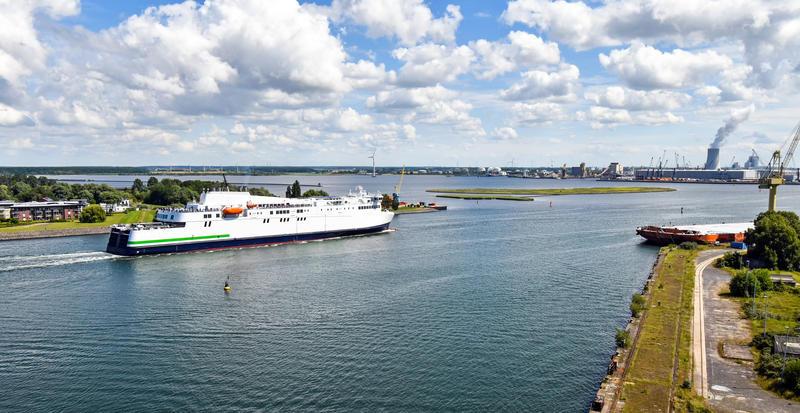 Ferry boat em Berlim e na Alemanha