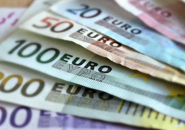 Como levar euros para Colônia